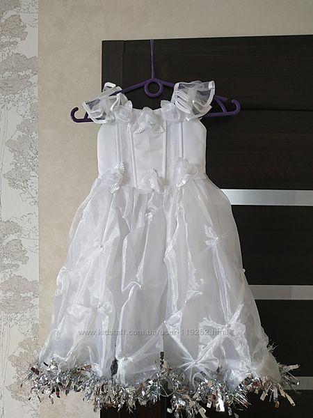 Новогоднее платье корсетной основой.