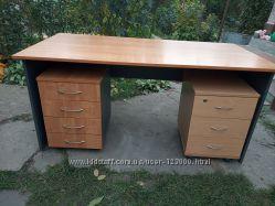 Мебель для дома или офиса - столы и тумбы для документов