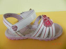 Босоножки для девочки Фламинго