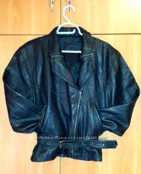 Кожанная куртка размер 44-46