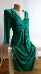 Женское платье изумрудного цвета от Next Англия размер S