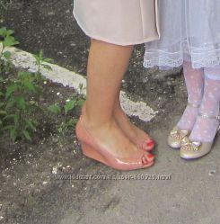 Туфли бежевые р. 37 б-у