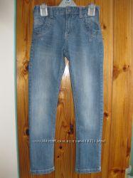 Отличные фирменные джинсы OKAIDI и CHICCO