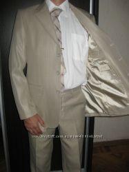 продам мужской костюм 46 размера