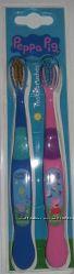 Детские зубные щетки Peppa Pig свинка Пеппа, Джорд набор из 2 шт. в наличии