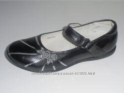Качественные туфли на девочку для школы B&G. Недорого.