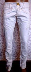 Распродажа фирменных женских джинс, Savage Супер стильные белые джинсы.