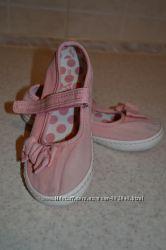 Продам туфельки некст на девочку, размер 9.