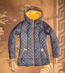 Стильна стьогана куртка