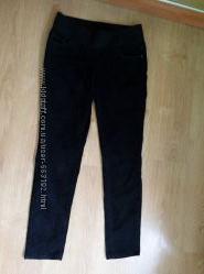 Продам чорні штани скіни некст розмірМ