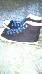 кроссовки на меху фирма Keepers40 размера