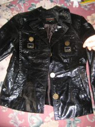 Хороший коженный пиджак