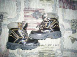 Ботиночки размер 28, по стельке 17, 5см.
