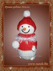 Новогодняя игрушка Снеговик в тубусе.