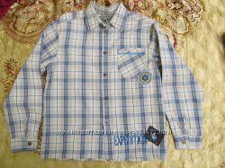 Стильную рубашку Wojcik  размер 140 см хлопок 100