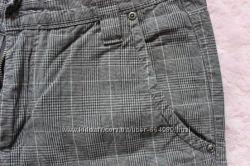 серые брюки в клетку bpc