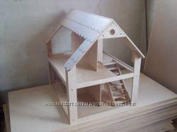 Деревяный домик для кукол