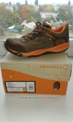 Демисезонные кроссовки  Merrell р. 30 18, 5 см