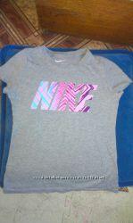 Наша фирменная футболка NIKE оригинал 128-137 в отличном состоянии