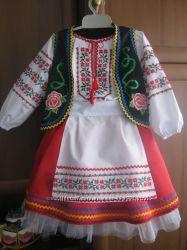 Украинские костюмы и вышиванки