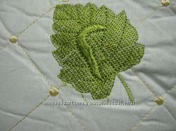 Подушка шелк с вышивкой стеганная - Silk 70х70