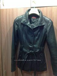 Кожаная куртка одета пару раз