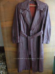 Продам кожанное женское пальто