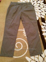 Женские брюки chinos  фирмы Naf Naf