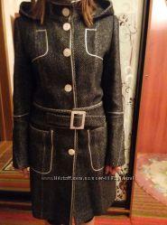 Женское пальто в идеальнгм состоянии размер M