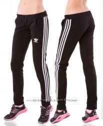 Женские спортивные штаны трикотажные Лето