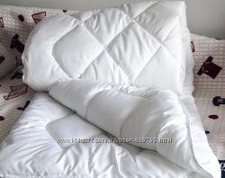 Стеганое теплое однотонное одеяло - холлофайбер