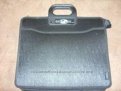 Пластиковый портфель для документов