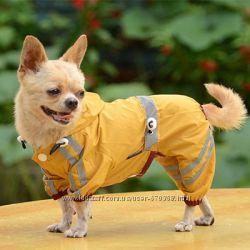 Одежда собак. Дождевик для собак. Комбинезон для собак