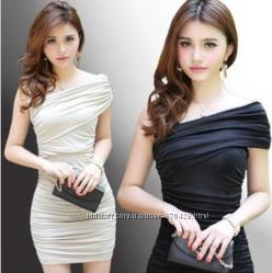 Модное облегающее платье из лайкры