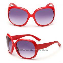 Очки солнцезащитные Chanel классика  10 расцветок