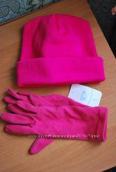 Теплая розовая шапка с откатом  перчатки