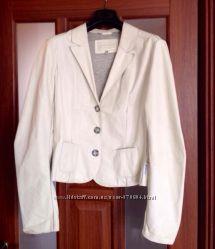 Куртка  кожаная Armani оригинал р. 46 Италия