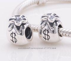 �������� � ������� PANDORA silver