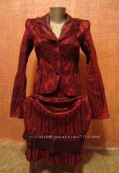 Женский костюм в идеальном состоянии