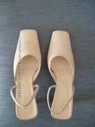 Летние туфли белые Италия 40 размер