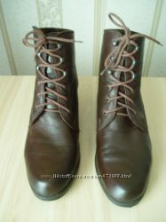 Кожаные ботинки 40 размера Италия
