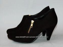 Туфли закрытые New Look черные р-р 39 . 25 см