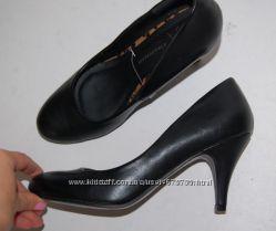 Туфли Атмосфера черные новые 38 р-р 24. 3 см каблук 7. 5 см
