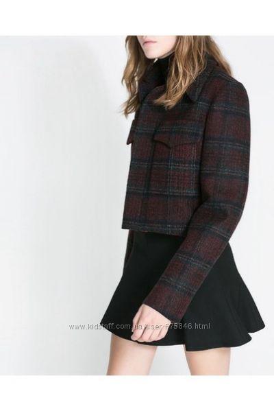 Укороченная куртка в клеточку ZARA шерсть