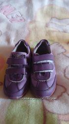продам детские кроссовки, 27 размера