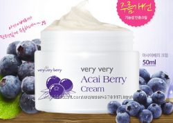 Крем для лица с ягодами асаи THE SKIN HOUSE Acai Berry Cream, 50 мл