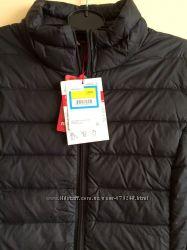 Срочно Очень легкая и стильная куртка-пуховик