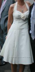 Брендовое очень красивое платье Laura Ashley