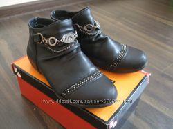 Ботиночки утеплённые кожаные