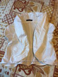 Нарядный жакет на модницу Sisley